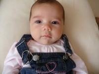 bebeblus 2 luni 200x150 Bebelusul in luna a doua de viata