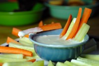 sos ranch1 200x133 6 sosuri pentru legume crude sau gatite
