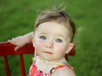 fetita 15 luni 200x150 Copilul la 1 an si 3 luni
