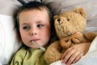 copil cu febra 200x133 Febra la copii