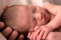 nou nascut 200x133 Deformatiile piciorului la nou nascut